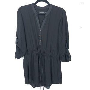 IVANKA TRUMP black button up blouse D30